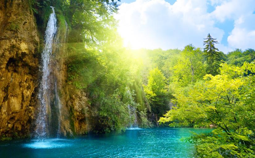 Summer-waterfall